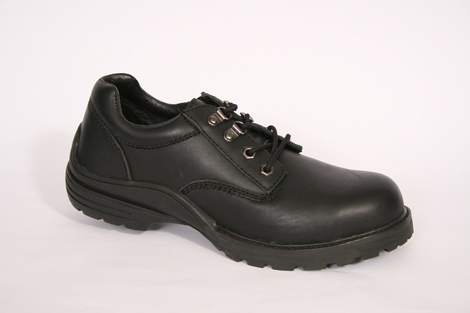 BELL/BATA SAFETY BOOTS & SHOES