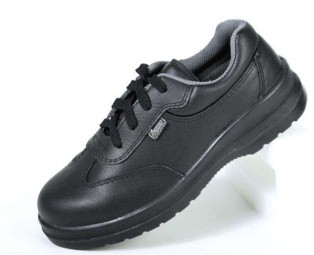 FRAMS LADIES BLACK SHOE 3905