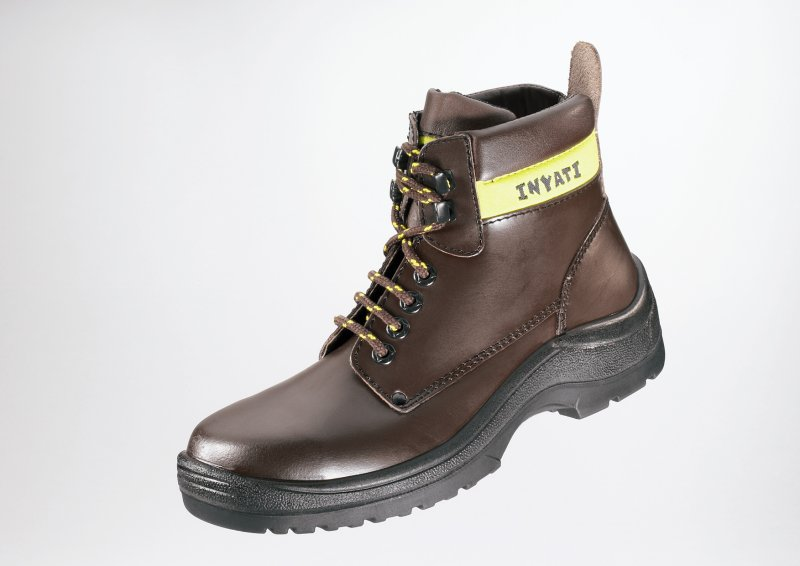 FRAMS BROWN RUBBER SAFETY CHUKKA BOOT 4088